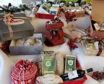 Menatti offre la possibilità di comporre cesti di prodotti valtellinesi per un regalo perfetto