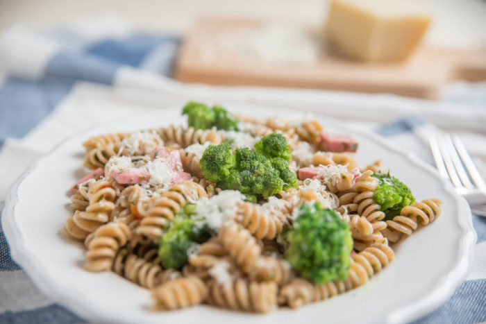 Ricetta della pasta con broccoli e pancetta tesa Menatti