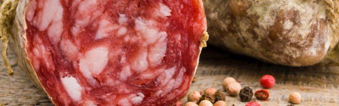 Salame Menatti: Il salame è uno dei salumi più amati e noi offriamo tantissime tipologie