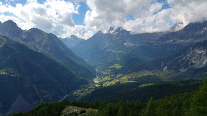 Veduta della Valmalenco con le sue escursioni