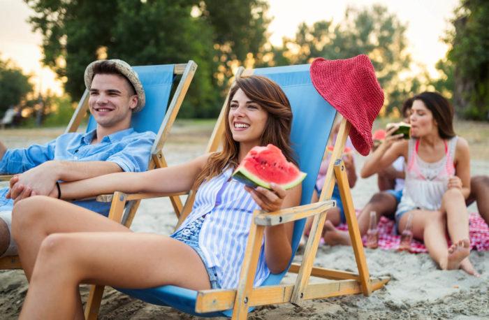 Cibi da spiaggia: cosa mangiare sotto l'ombrellone
