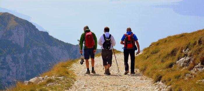 Escursione trekking in Valtellina al passo Caronella