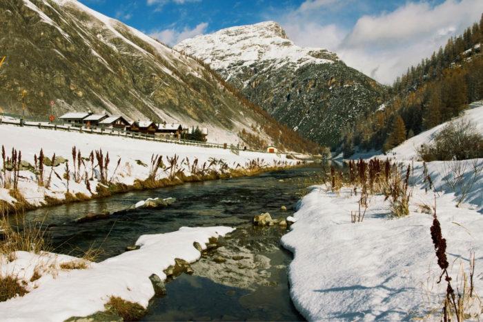 ciaspolata a Livigno sul lago - percorso ciaspole in Valtellina